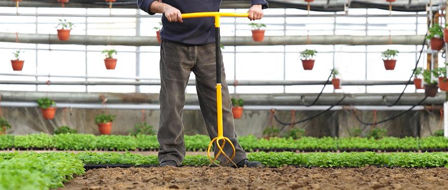 Tornadica kertészeszköz
